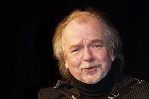 Frank Hengstmann spielt Politisches Kabarett in der Kulturwirtschaft papermoon