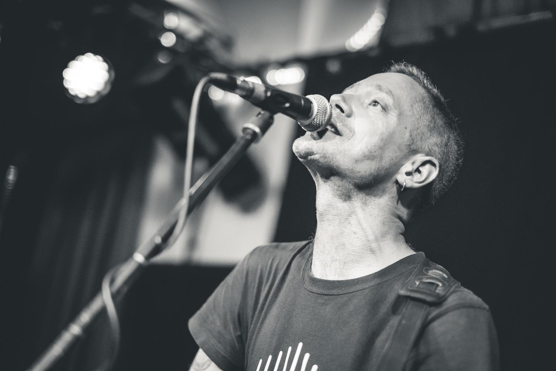 Der kanadische Singer/Songwriter kommt nach Halberstadt ins papermoon