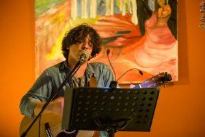 Der Portugiese Pedro Querido spielt auf Einladung der Kulturmanufaktur Halberstadt e.V. im papermoon