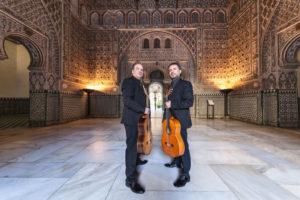 Der spanische Flamenco-Gitarrist Antonio Andrade spielt auf Einladung der Kulturmanufaktur Halberstadt e.V. im papermoon